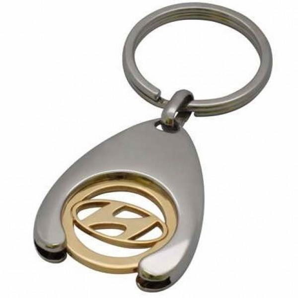 """Брелок """"Hyundai"""" из комбинированного золота"""