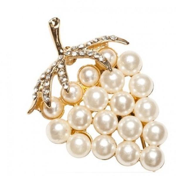 Брошь из комбинированного золота с бриллиантами и жемчугом