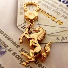 "Брелок ""Феррари"" из красного золота.."