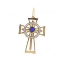 Крест из желтого золота с бриллиантами и сапфиром..