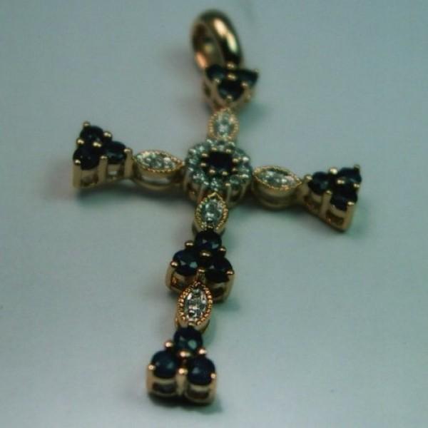 Крест Католический из красного золота с бриллиантами и алмазами