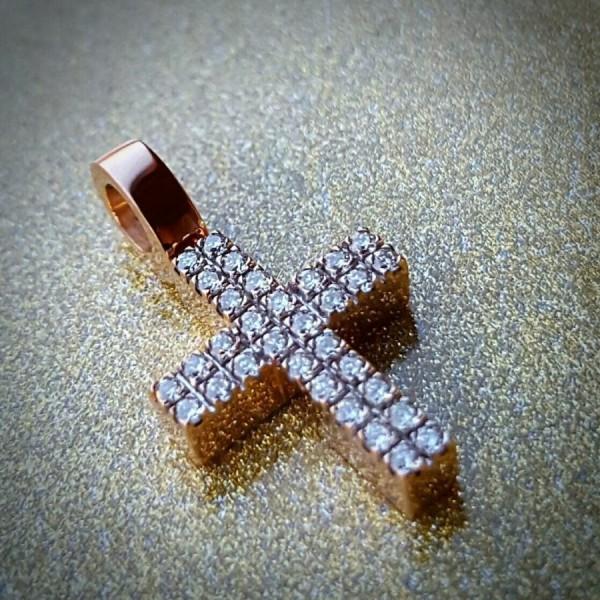 Крест Католический из розового золота с бриллиантами