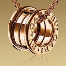 "Кулон ""Bvlgari"" из красного золота.."