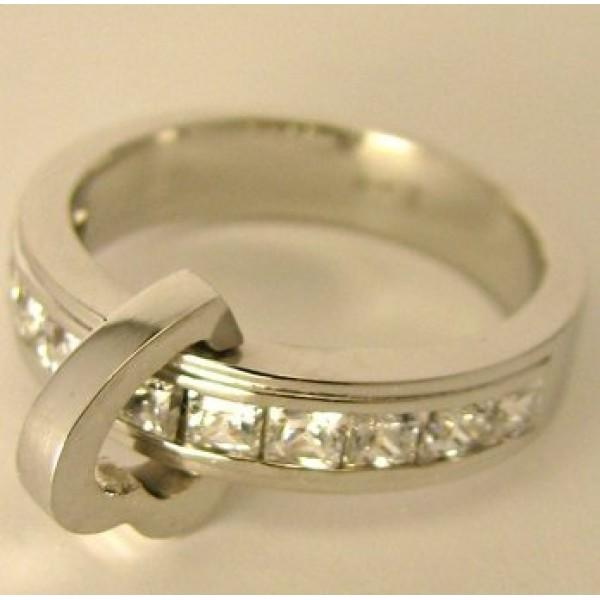 Кулон из белого золота с алмазами