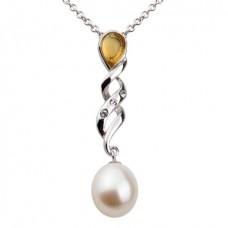 Кулон из белого золота с бриллиантами, жемчугом и цитрином..