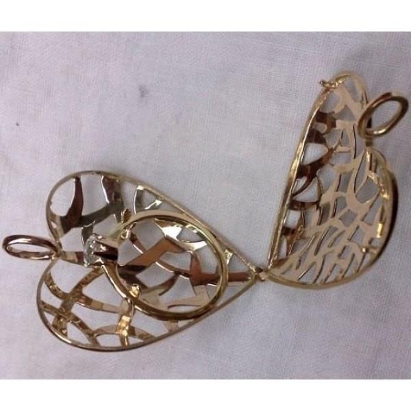 Кулон из желтого золота с кольцом с бриллиантом