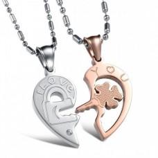 Кулон 'Сердце' для двоих из комбинированного золота с бриллиантом..