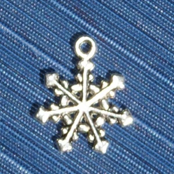 Кулон 'Снежинка' из белого золота