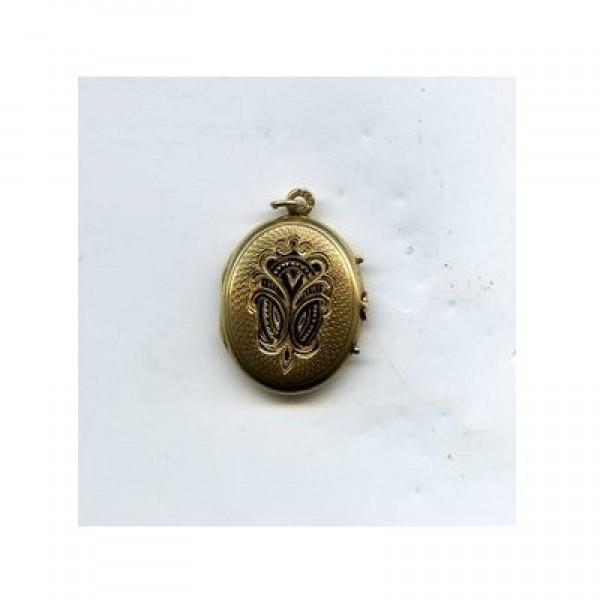 Медальон из красного золота с эмалью