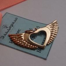 """Кулон из красного золота """"в виде сердца с крыльями"""".."""