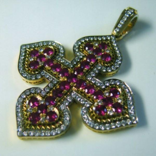 Кулон из желтого золота с бриллиантами и рубинами
