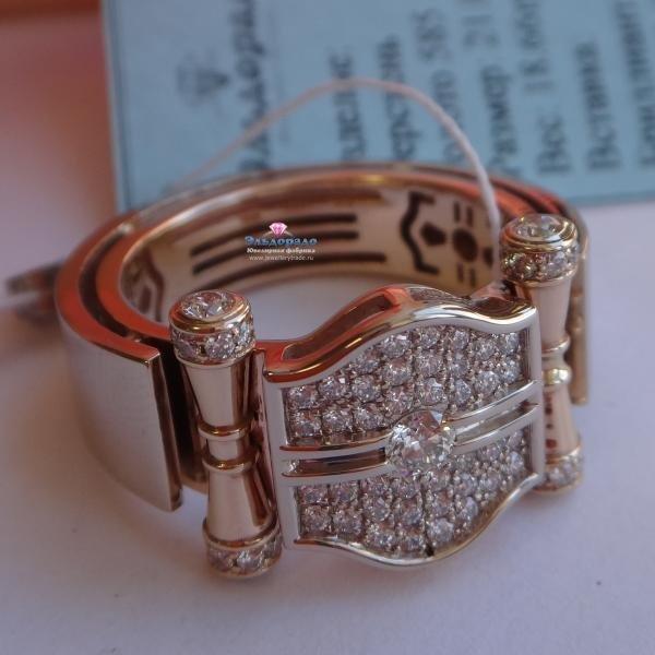 """Мужской перстень """"Чемпионский пояс"""" из комбинированного золота с бриллиантами"""