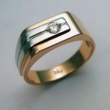 Печатка из комбинированного золота с бриллиантом..