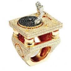 Кольцо из комбинированного золота c бриллиантами Jacob & Co..