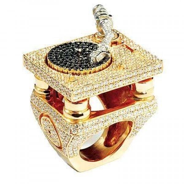 Кольцо из комбинированного золота c бриллиантами Jacob & Co