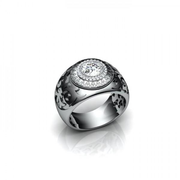 Мужской перстень из белого золота с бриллиантами