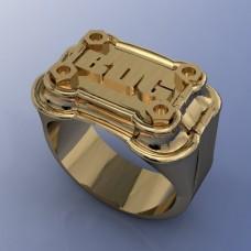 Мужской перстень из желтого золота..