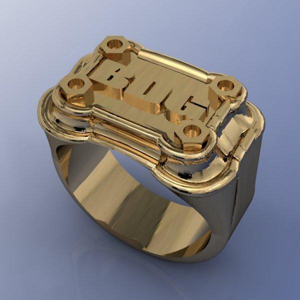 Мужской перстень из желтого золота