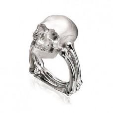 Перстень 'Череп' из белого золота..