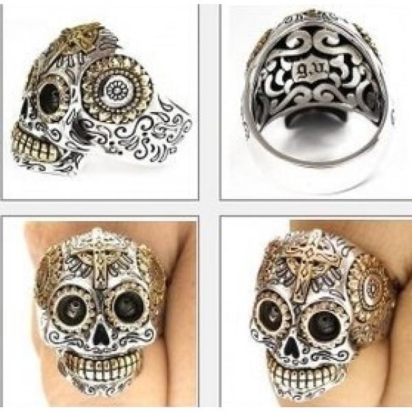 """Перстень """"Череп"""" из комбинированного золота"""