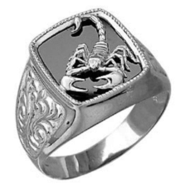 Перстень из белого золота с эмалью