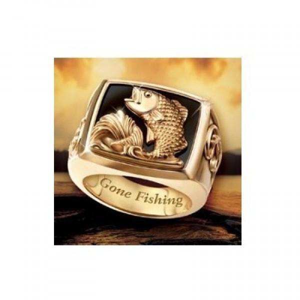 Перстень из красного золота 'Рыба' с эмалью