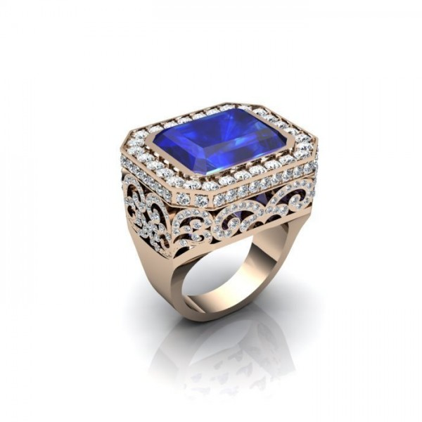 Перстень из красного золота с сапфиром и бриллиантами