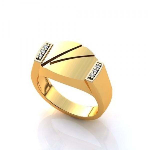 Перстень из желтого золота с бриллиантами