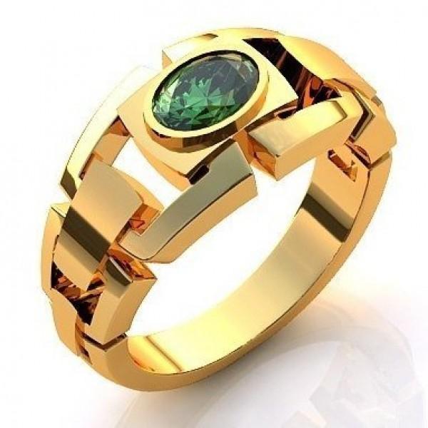 Перстень из желтого золота с изумрудом