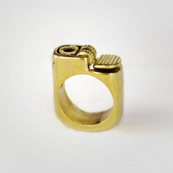 Перстень 'Зажигалка' из желтого золота