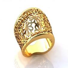Перстень женский из желтого золота с узором из цветов..